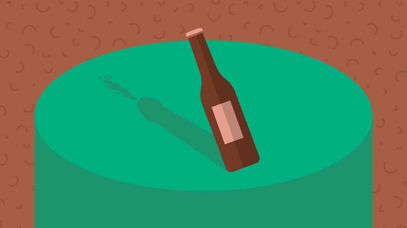 O objetivo da Omens é mostrar a você como acabar com a ejaculação precoce. No centro da mesa, na sombra de uma garrafa tampada, vê-se um pênis ejaculando. A ideia é ajudar os homens que querem durar mais tempo na cama.